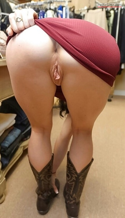 upskirt pussy flash bottomless Photo