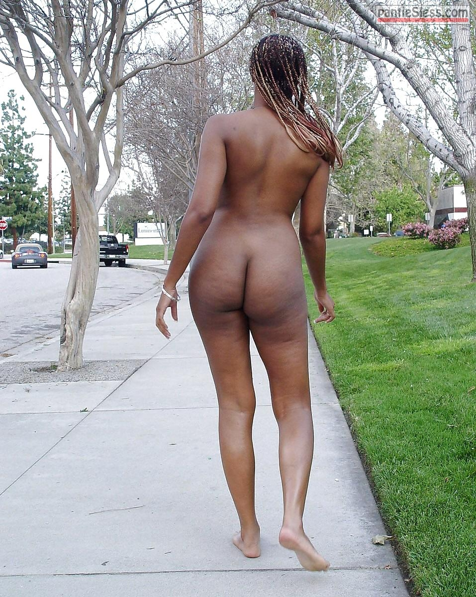 nudes ebony  Fully naked black girl public walk