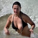 Fat mature slut big cunt exposing at camping