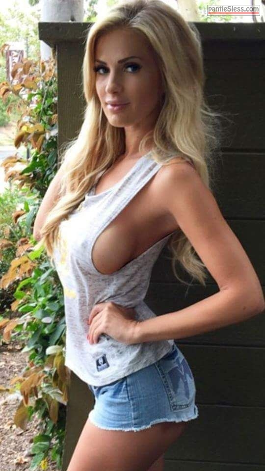 side boob boobs flash blonde babes  Busty blonde braless in skimpy tank top