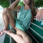 Skinni teen babe is all bottomless on the street