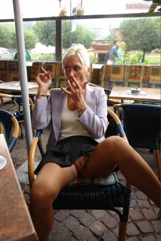 upskirt pussy flash public flashing milf mature hotwife bottomless blonde  Mature pussy flash in cafe   blonde lady smoking and sucking mid finger