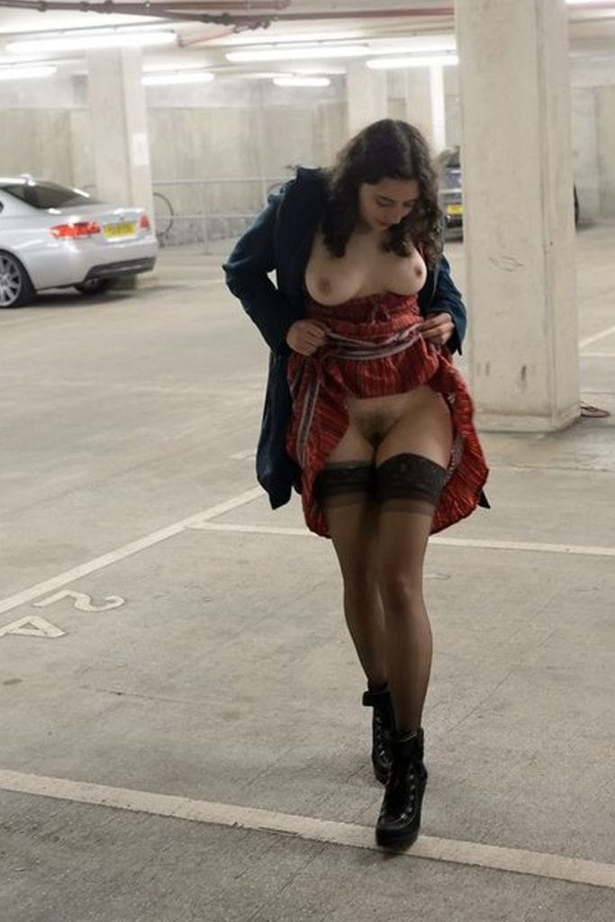 public flashing  tumblr mo1gqyX8vn1rv4jkoo1 1280