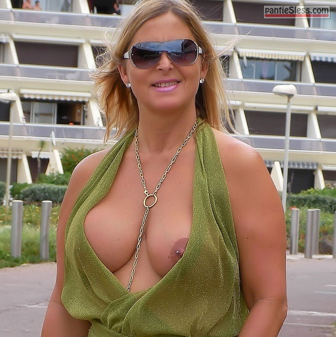 Mature flashing pics