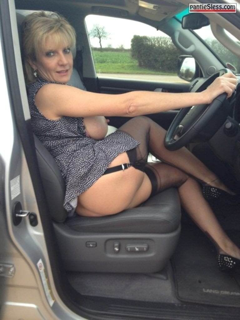 public flashing milf mature hotwife blonde tumblr mzqozaYNzu1sppn1to1 1280